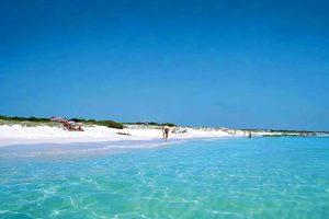 Cala Ibiza hostandboat