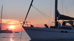 sunset ibiza hostandboat