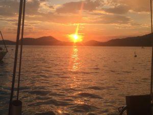 sunset angra dos reis hostandboat