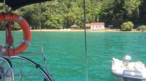 Praia da Julia Abraao Hostandboat