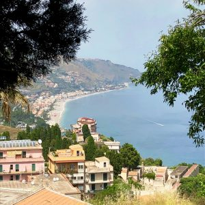 taormina sicilia hostandboat