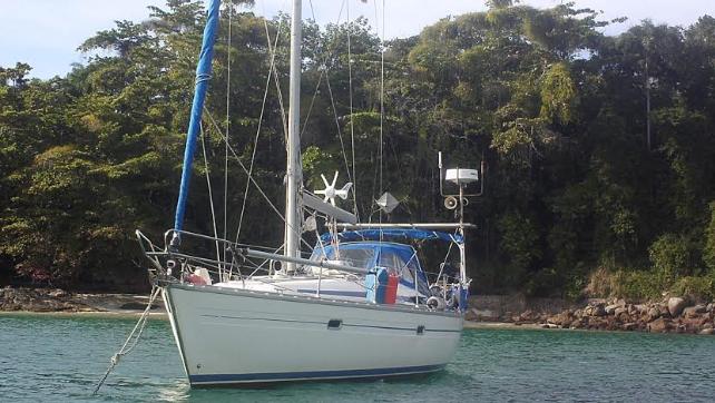 Barco em Angra dos Reis