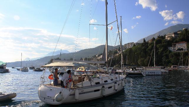 Host & Boat