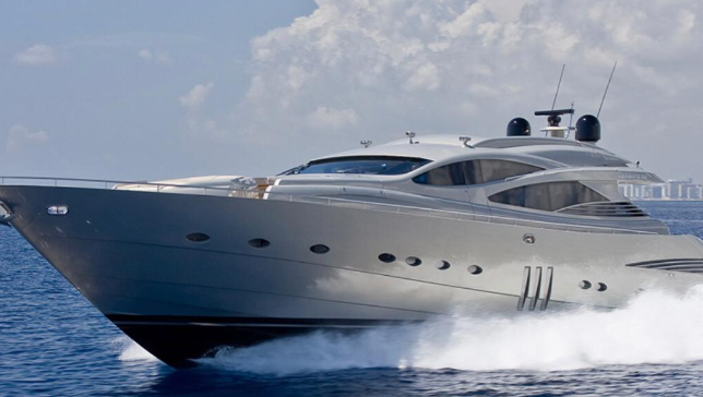 90' Luxury Yacht Miami