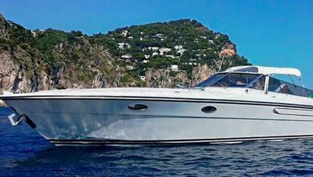 Private Capri Boat Tour -Speedboat Itama38