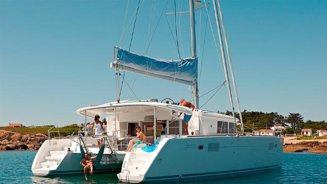 Descubra as melhores ilhas do Mediterrâneo, Ibiza e Formentera navegue