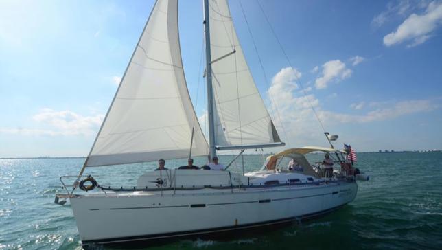 Inesquecível passeio por Miami em um veleiro